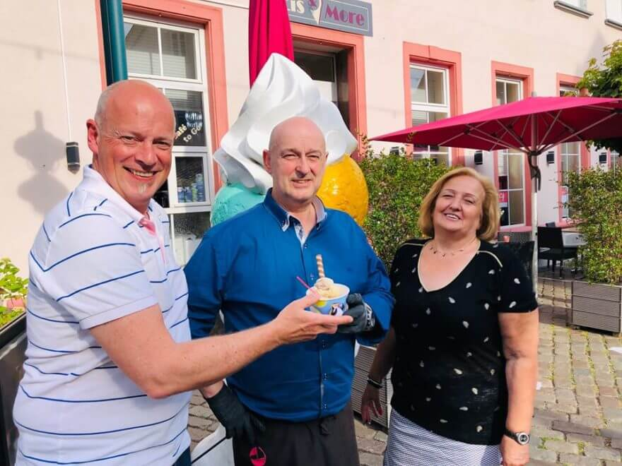 Eiscafe Hochheim in neue Hände